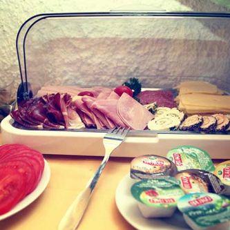 breakfast_3.jpg